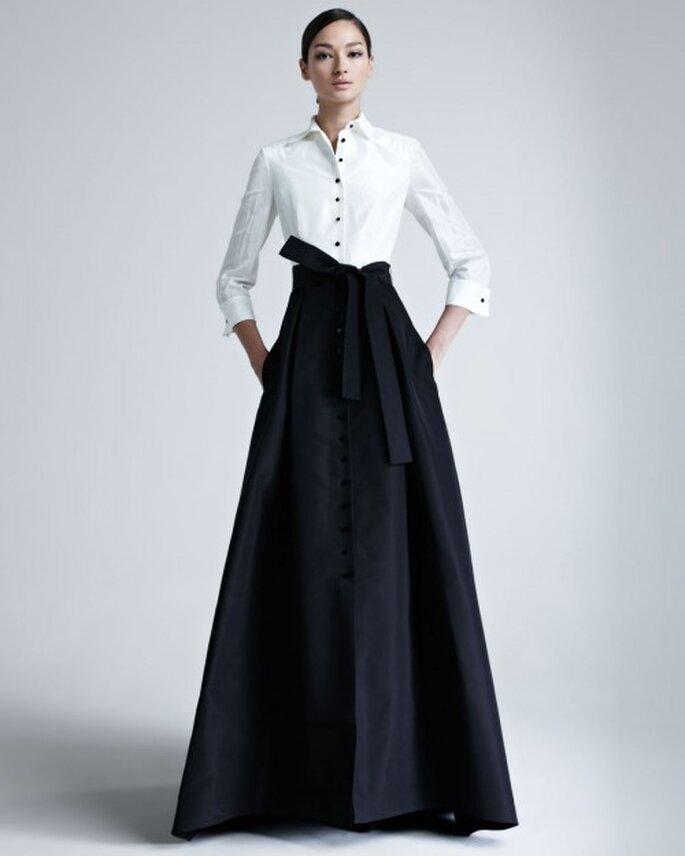 Vestido largo elegante con efecto dominó y detalle de lazo al frente - Foto Bergdorf Goodman