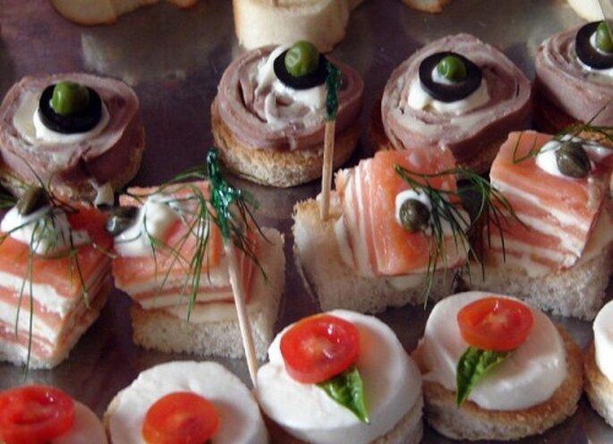 Comida sencilla para una boda al aire libre. Foto: Xunantunich