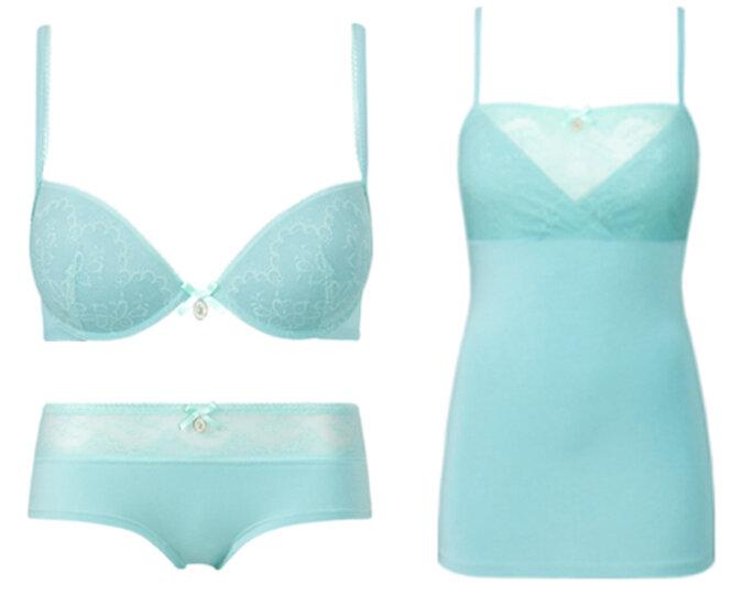 Lenceria en color azul cielo de moda en 2013 - Foto Intimissimi