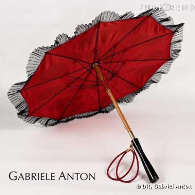 Ombrelle rouge - Gabriele Anton