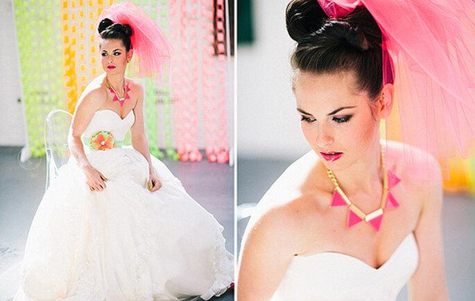 Los colores neón pueden darle vivacidad a tu boda. Fotos de Cathrin d'Entremont