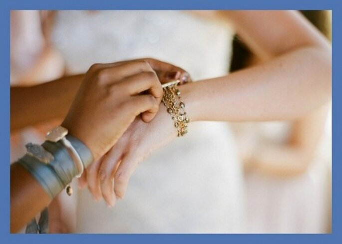 Algo azul para cumplir con la tradición en tu boda -