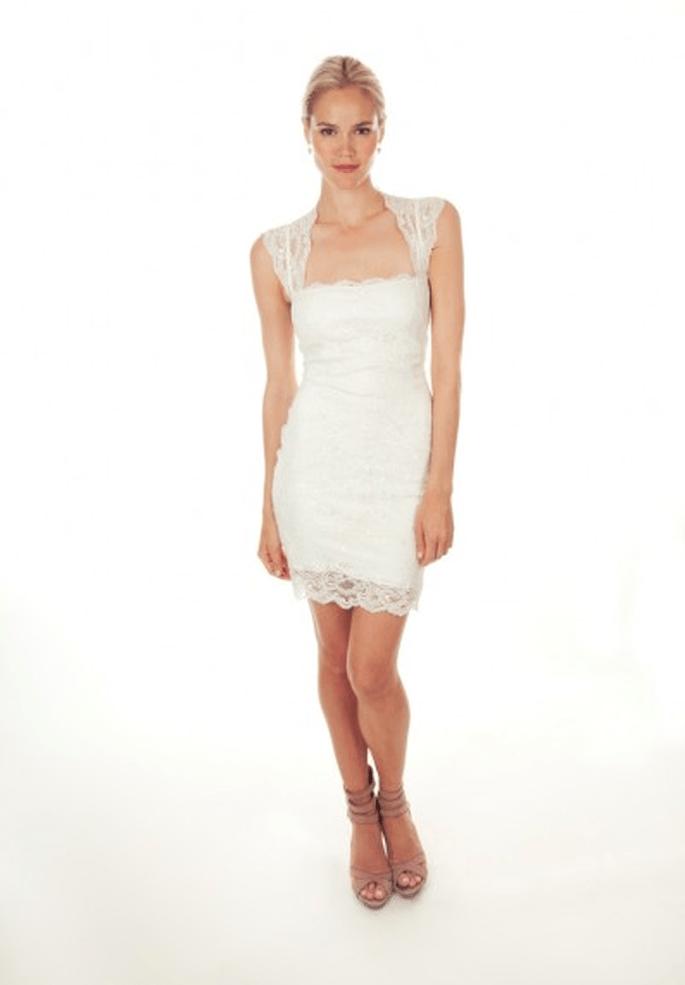 Vestido de novia 2013 corto y con detalles de encaje - Foto Nicole Miller