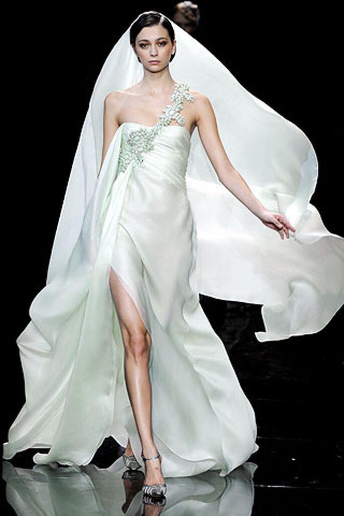 Vestiti da sposa Armani 2010