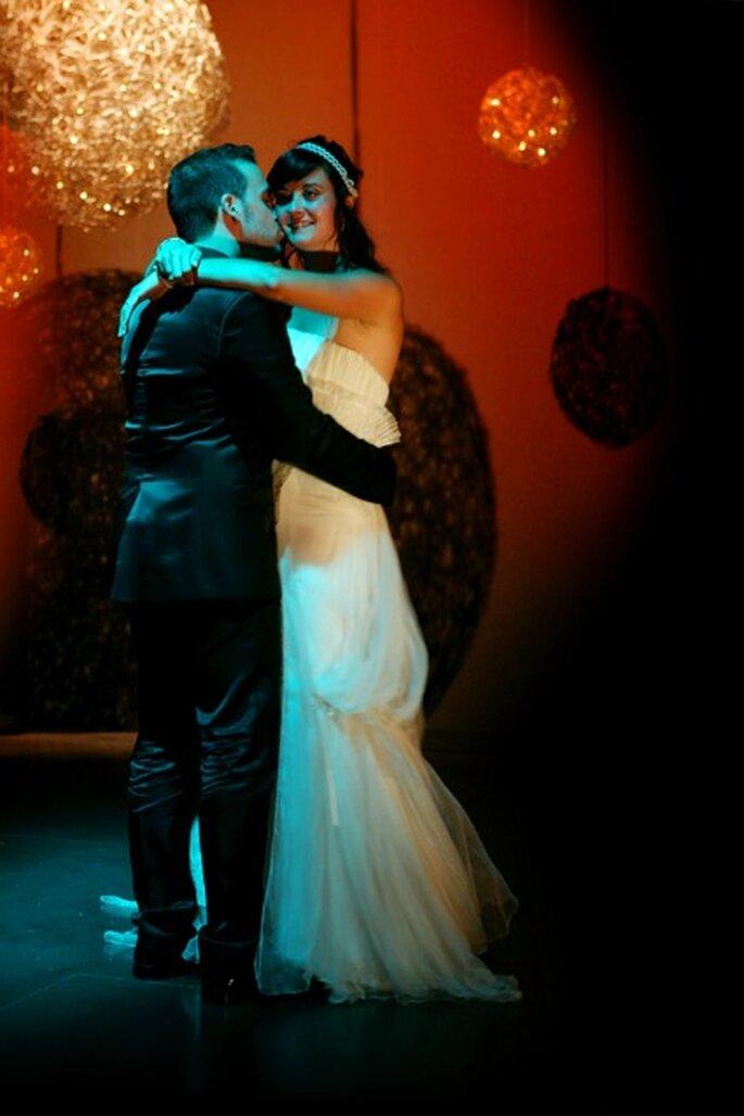Un bon DJ de mariage pour une ambiance au top ! - Photo : Byfotografos