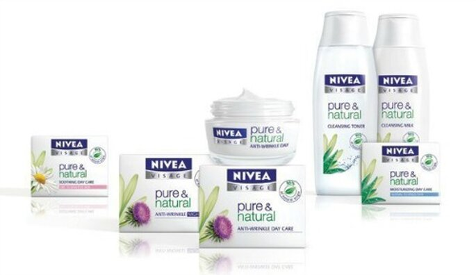 I prodotti bio della linea viso (ma anche corpo) Pure & Natural di Nivea. Foto www.nivea.it