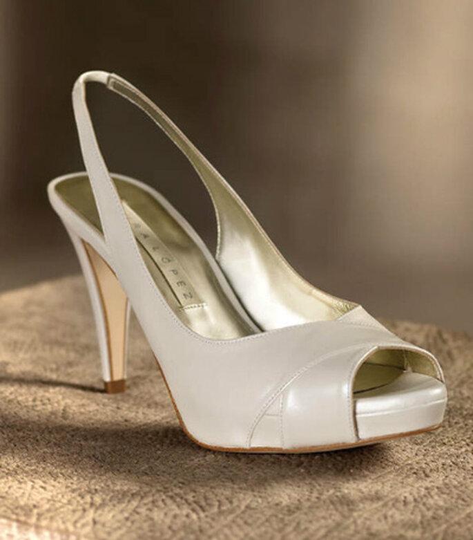 Sandalias de novia con piel cruzada