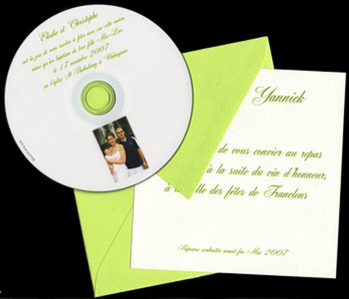 Faire-part de mariage vert sur support CD