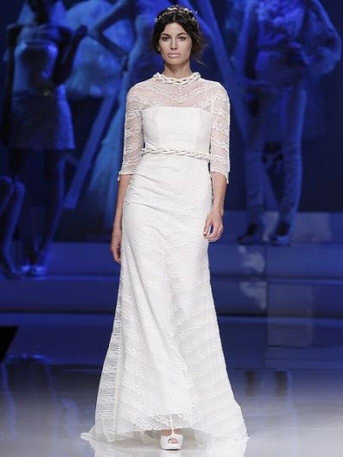 Hochzeitskleid mit 3/4 Arm aus der Kollektion 2013 Yolan Cris - Foto Ugo Camera