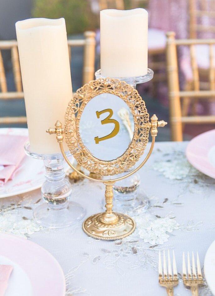 Indicadores de mesa súper originales para tu banquete de bodas - Foto Chelsea Nicole Photography