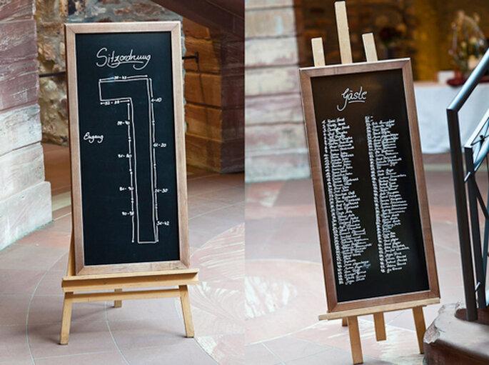 Große Tafeln wiesen den Hochzeitsgästen den richtigen Weg. - Foto: Benni Wolf.