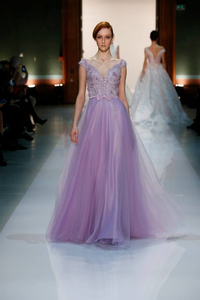Los vestidos para damas de boda más lindos en color lila - Foto Georges Hobeika