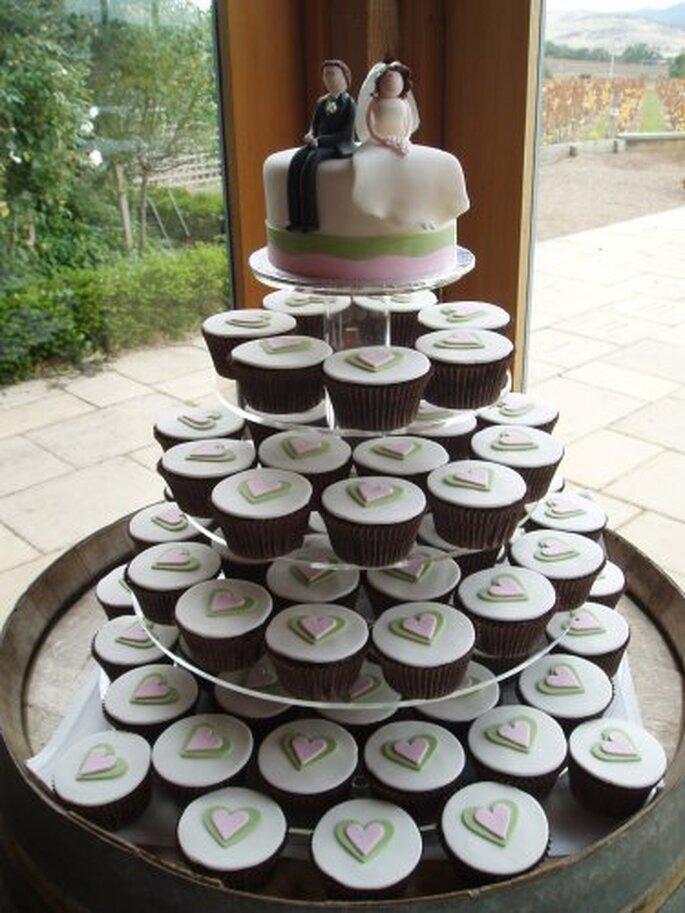 Torta de bodas con cupcakes