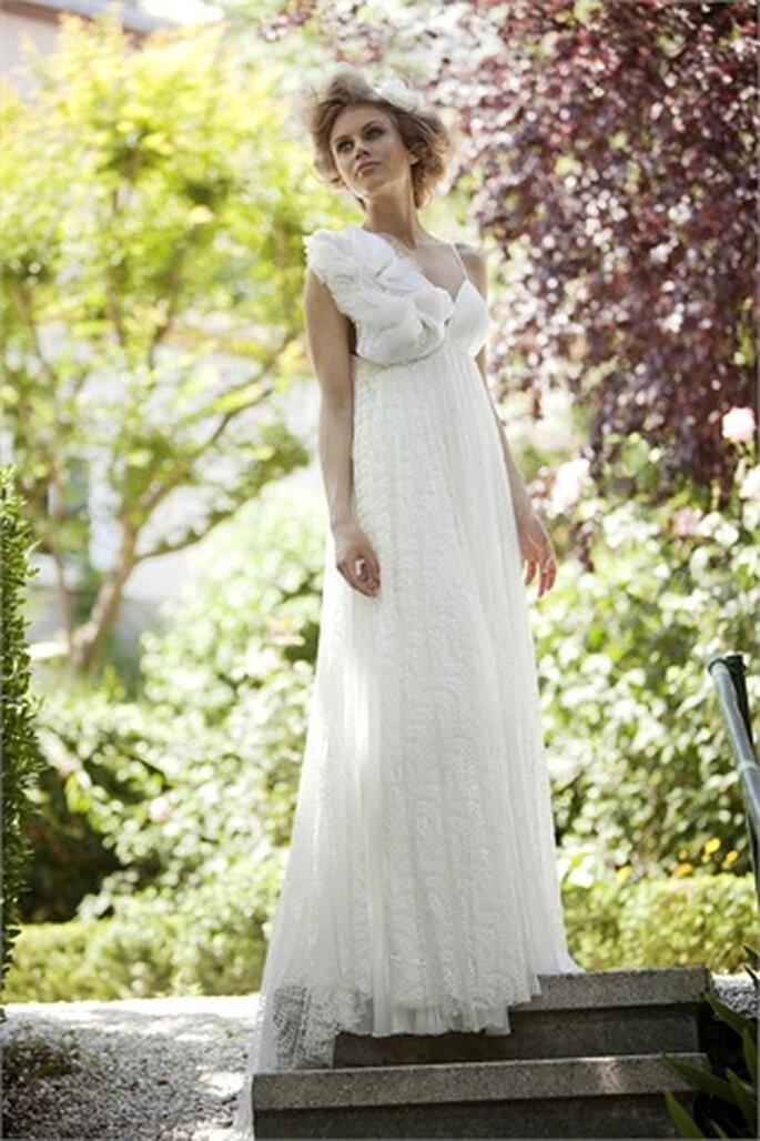 Una romantica sposa country chic di Ozlem Suer