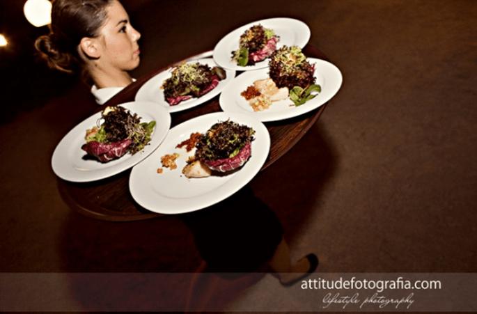 Hochzeitsessen: Menü oder Büffet? Foto: Fran attitudefotografia.com