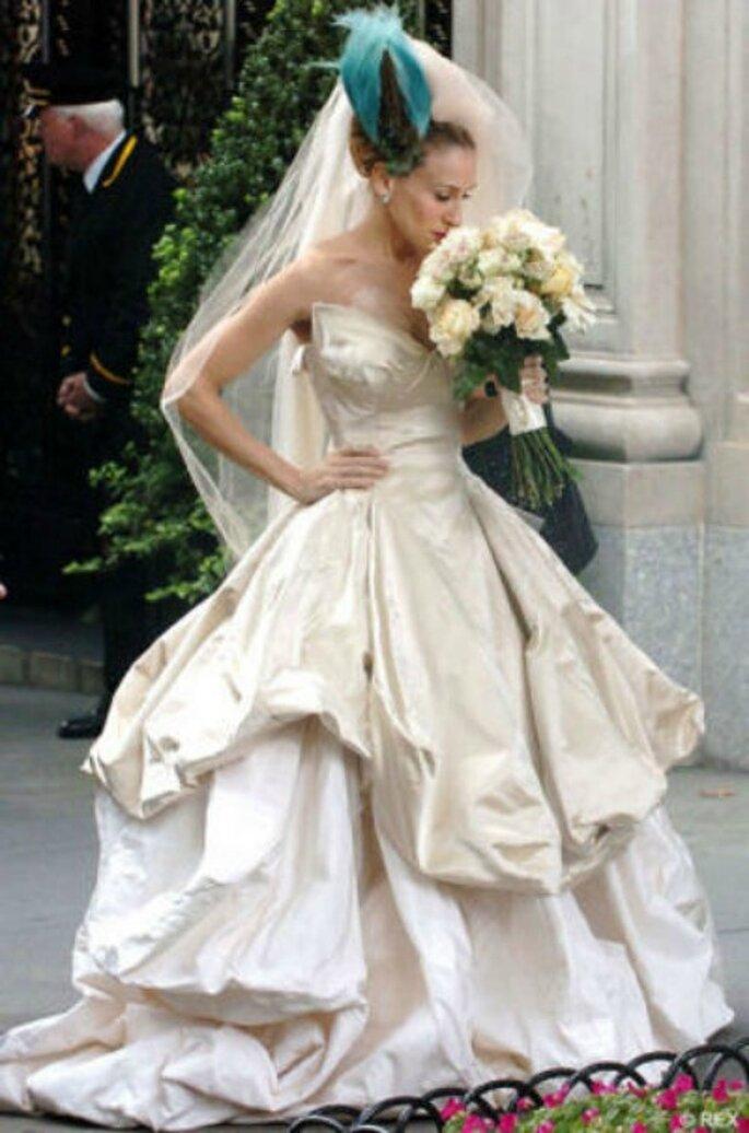 """Carrie Bradshaw in un abito Vivienne Westwood per il matrimonio,mai celebrato, con Mr.Big, nel film """"Sex and the city"""""""
