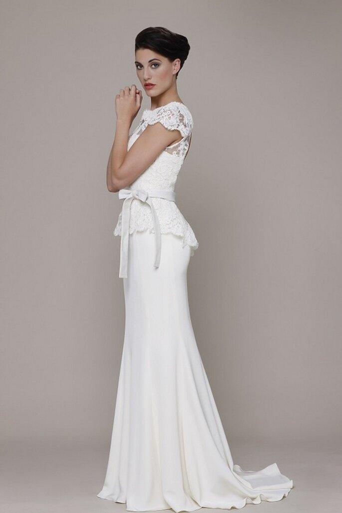 Vestido de novia Fiorella de Elizabeth Stuart 2014. Vista lateral. Foto: www.elizabeth-stuart.com