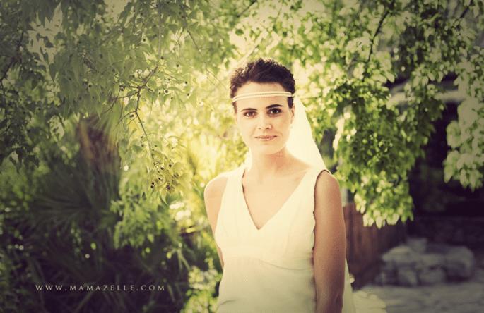 Brautfrisur zum Tragen eines Brautschleiers. Foto: Mélissa Lenoir