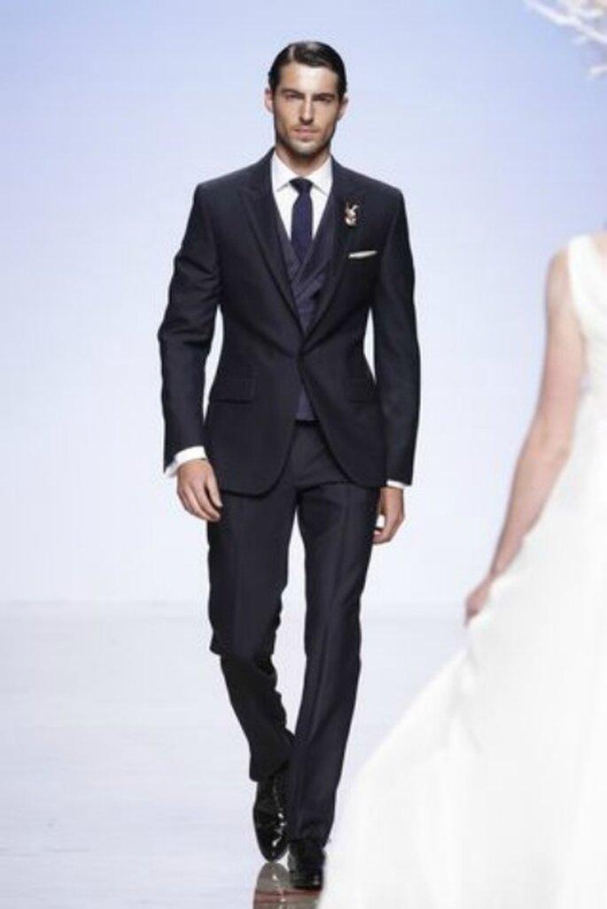 Un novio de estilo impecable y clásico. Foto: Victorio & Lucchino