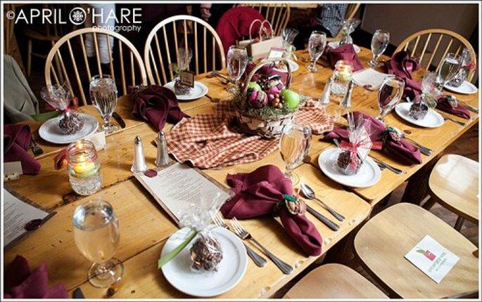 No dejes de tomar en cuenta las tendencias 2013 para la decoración de tu boda - Foto April O'Hare