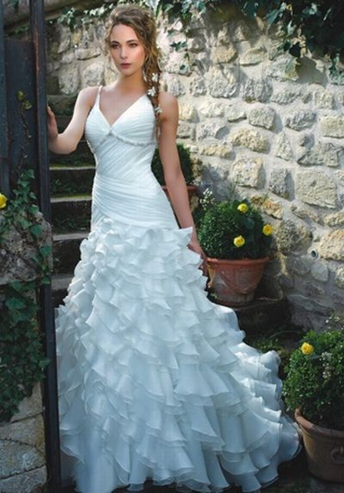 Brautkleid von Divina Sposa DS_122-14 http://www.thesposagroup.com
