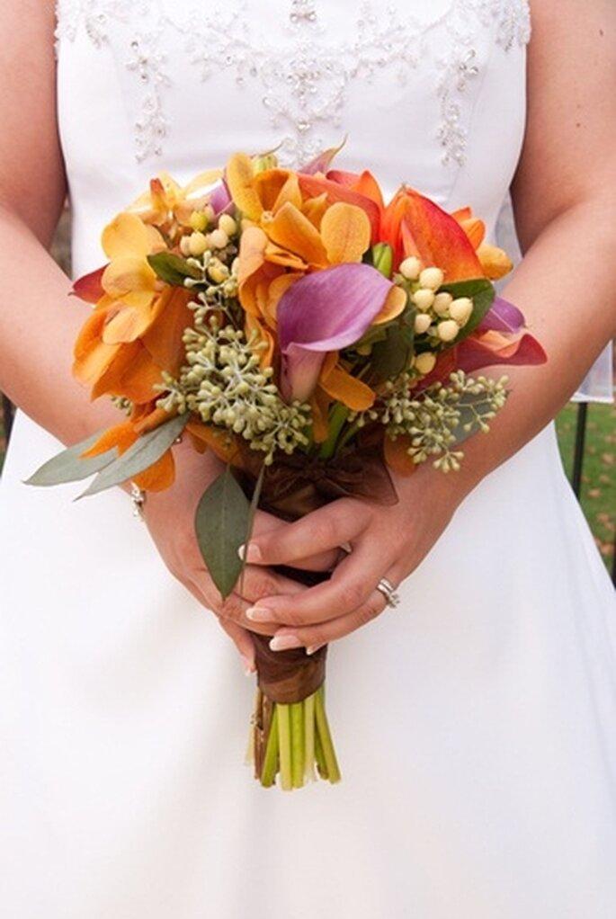 Ramo de novia de otoño de FlowerArrangementAdvisor