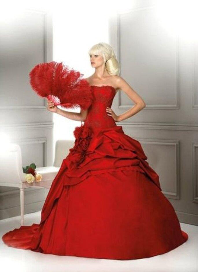 Robes de mariée rouges 2012 : la sélection Zankyou