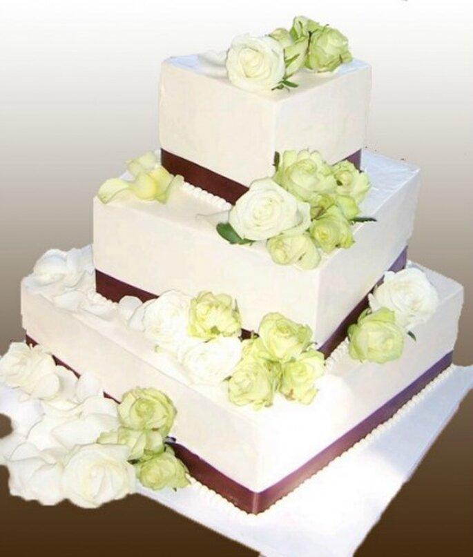 Pièce montée Cubique : au top pour un mariage champêtre ! - Gâteau Création
