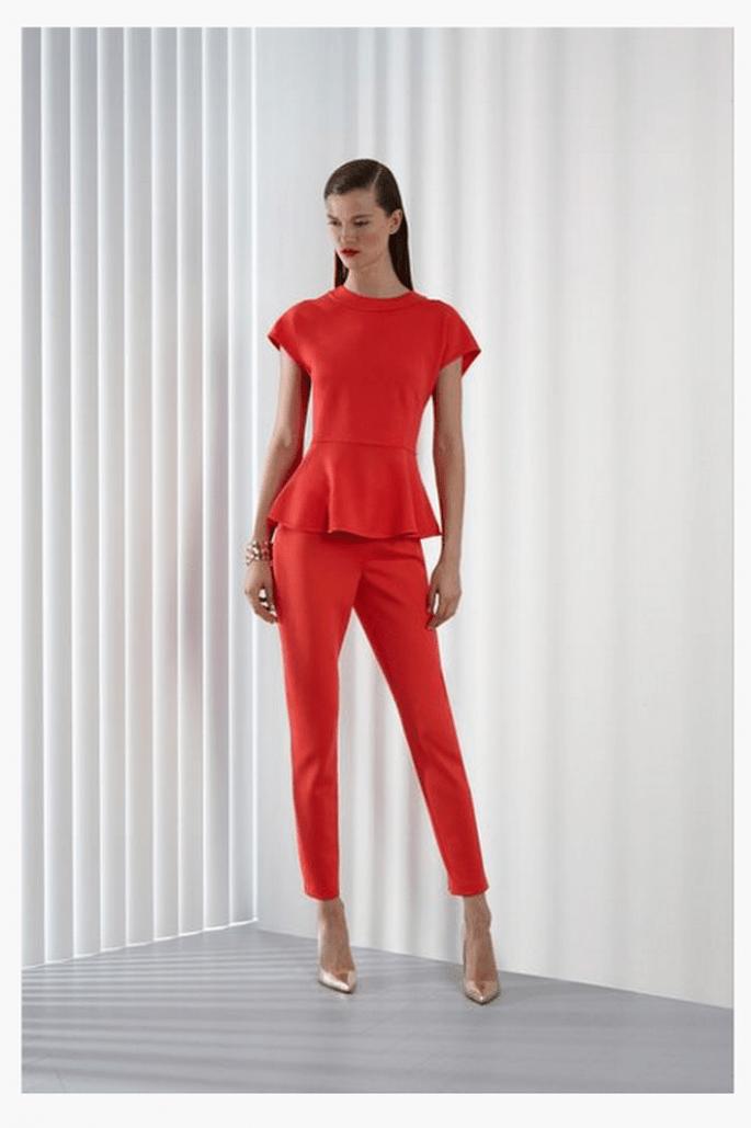 Pantalones de fiesta en color rojo intenso - Foto St. John