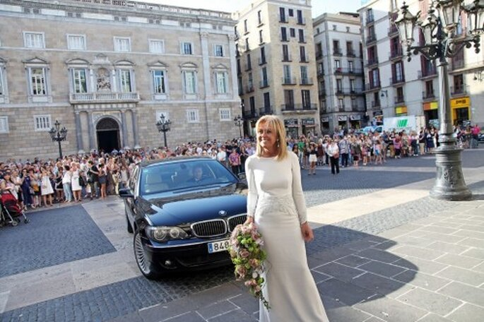 Elegante ramo de novia en forma de gota - Foto Rosa Clará