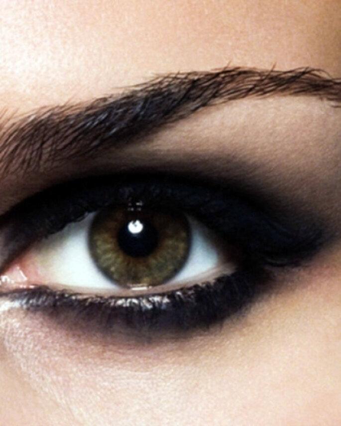 Efecto ojos ahumados para tu mirada