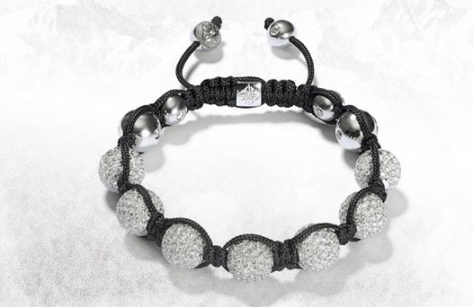 Brazalete para novia de hilo negro con diamantes - Foto Shamballa Jewels