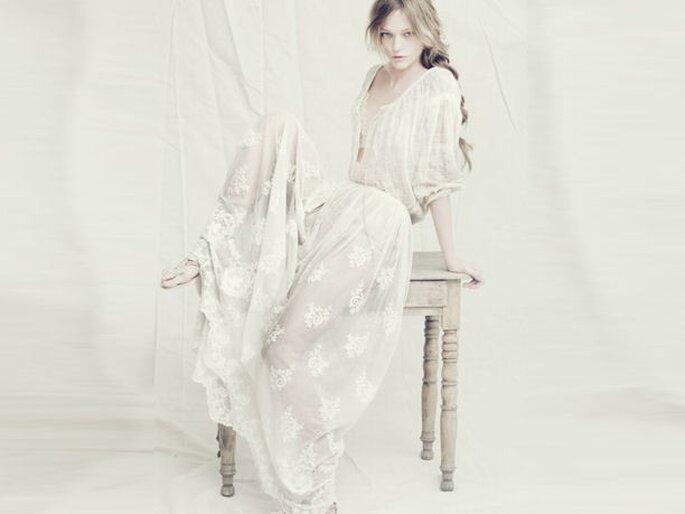Vestido de novia Alberta Ferretti 2011 estilo hippy