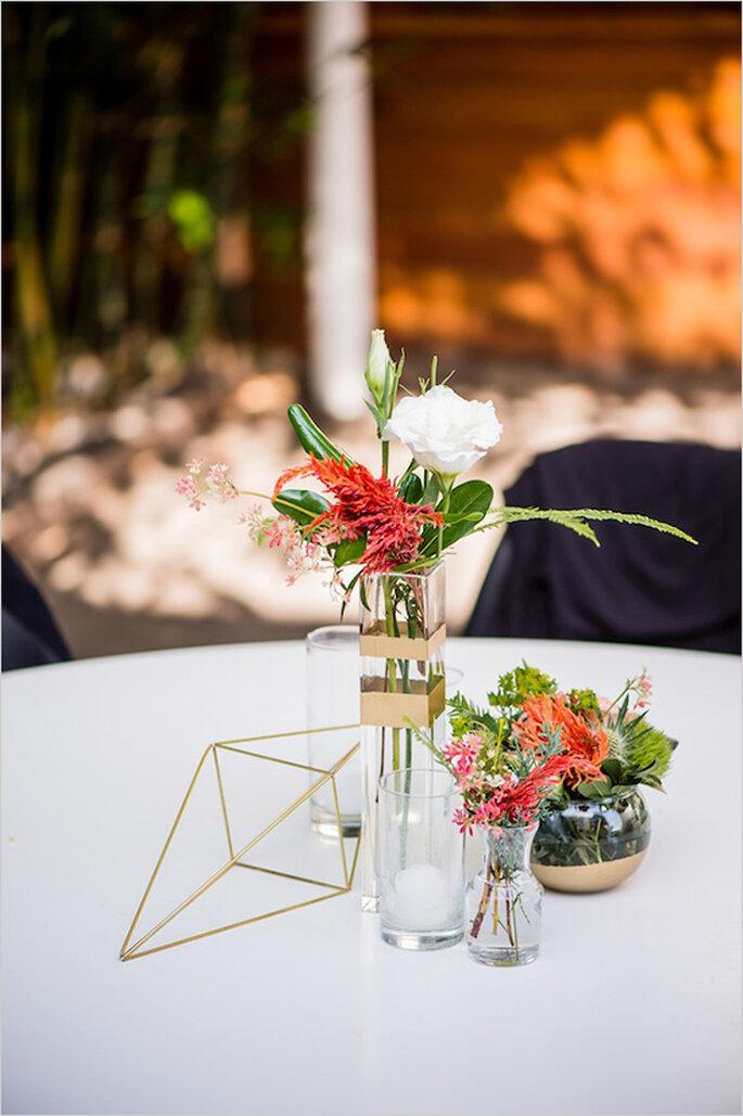 Decoración con figuras geométricas en los centros de mesa - Foto Dustin and Corynn Photography
