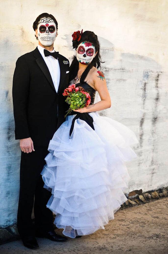 Catrin y catrina, los novios en una boda en el Día de los Muertos ,