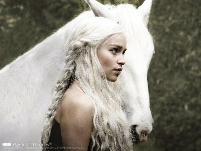 Tips para maquillarte como Daenerys Targaryen el dia de tu boda - Foto Game of Thrones Facebook