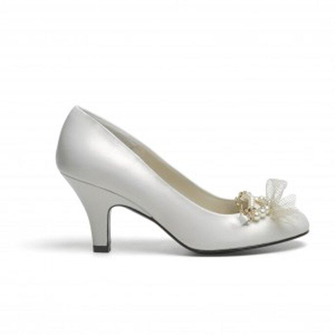 Elegante zapato de novia de la nueva colección de Lodi