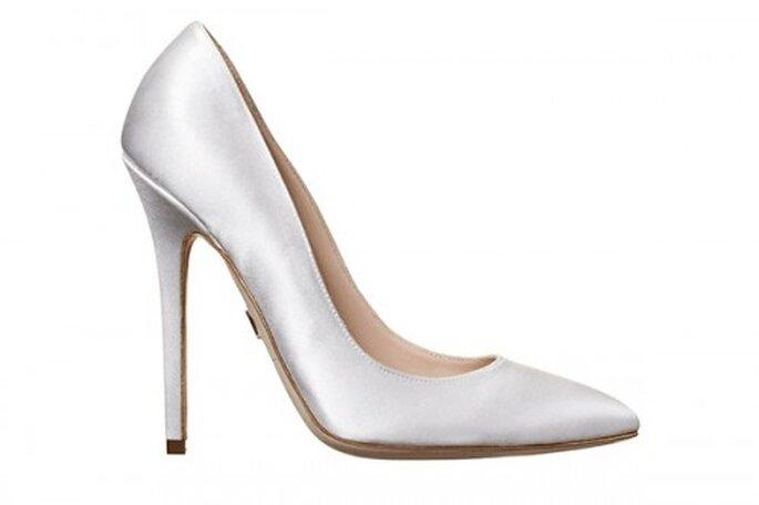 Zapatos de novia con tacon en color blanco - Foto Brian Atwood