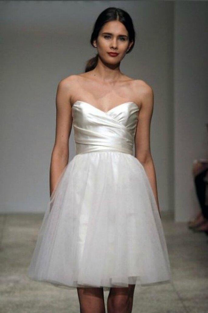 Vestido de novia corto de Amsale