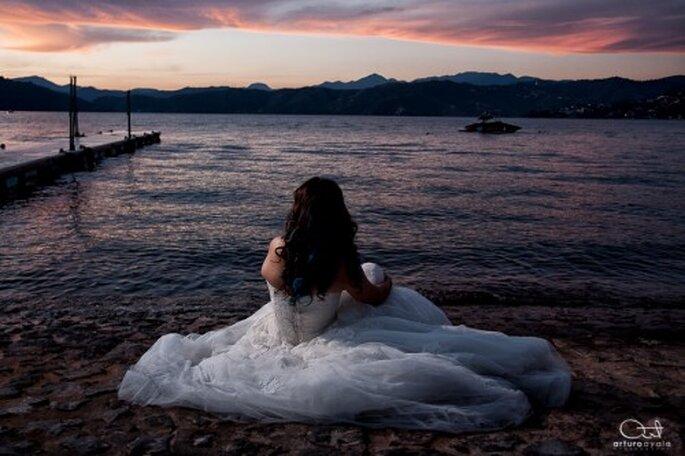 Aprovecha los escenarios naturales para tu sesión de fotos de boda en la playa - Foto Arturo Ayala