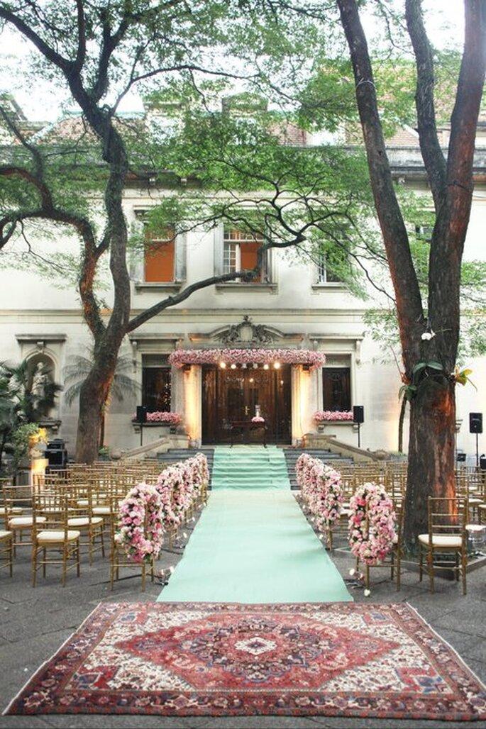 Decoración de pasillo de boda. imagen Boutique de Tres