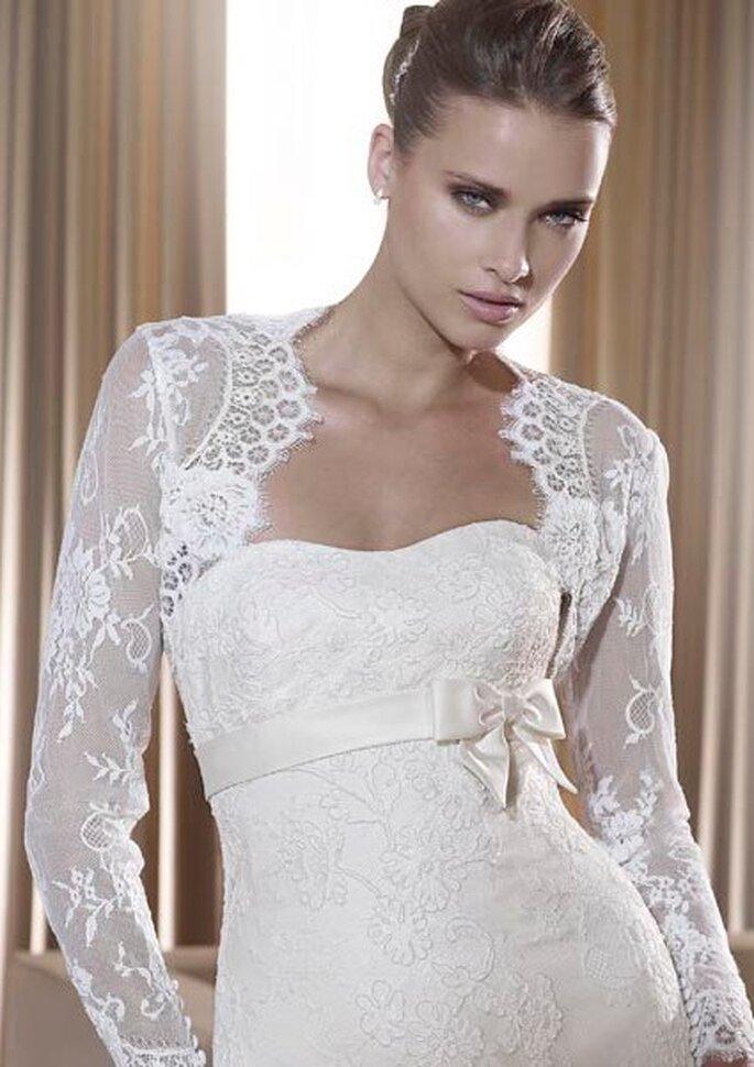 Bolero Brautkleid von Pronovias aus der Kollektion 2011