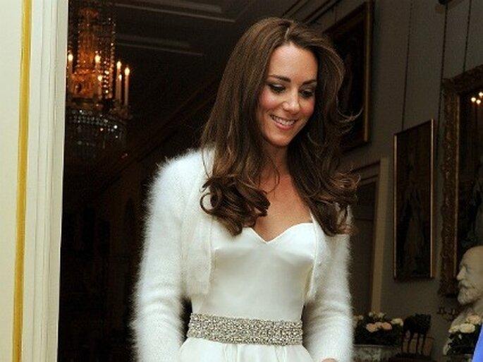 Kate Middleton usó un segundo vestido de novia con cinturón