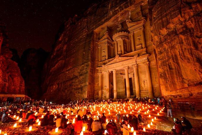 A Petra en Jordanie, découvrez des vestiges archéologiques stupéfiants. Crédit : JPRichard, Shutterstock