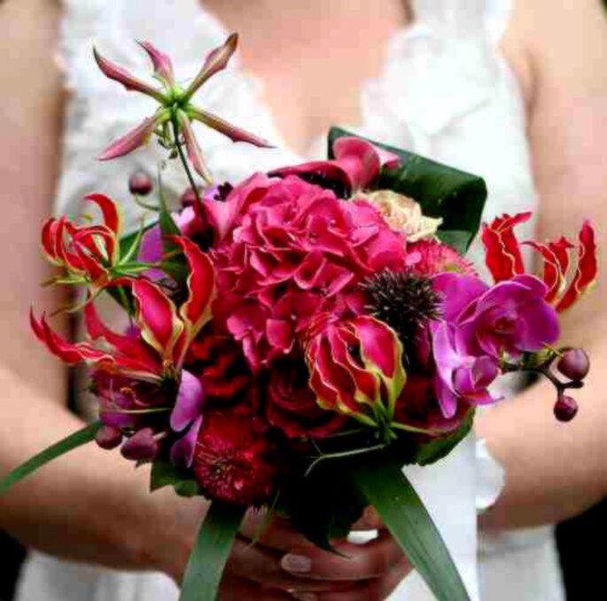 Ramo de flores exóticas y coloridas - Foto: Pixmac