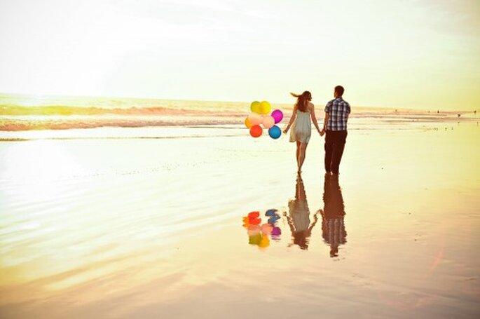 Elige globos para la decoración de tu boda - Foto Kate Noelle Photography