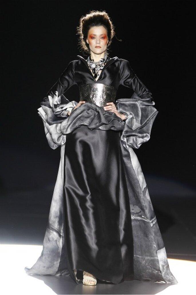 La figura de la mujer se remarca en los vestidos de novia 2012 La Bohème 1994 - Ugo Camera / Ifema