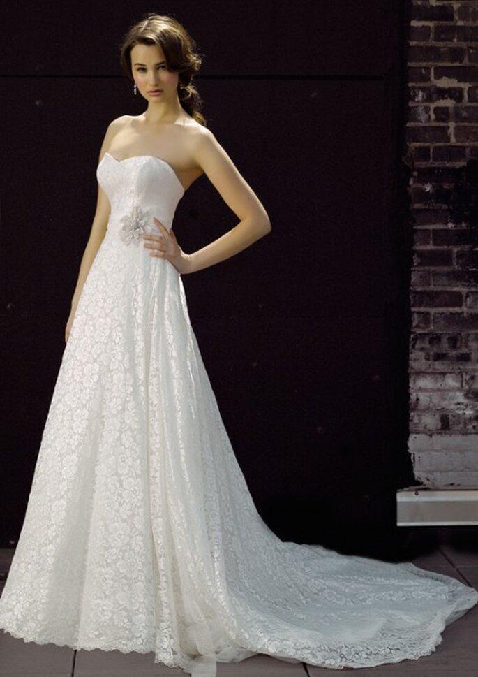 Vestido de novia strapless con encaje - Foto Henry Roth, Polkadot Bride