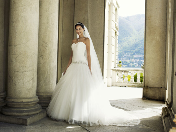 Prinzessinnen-Brautkleid um 1.059,– Foto: Lilly