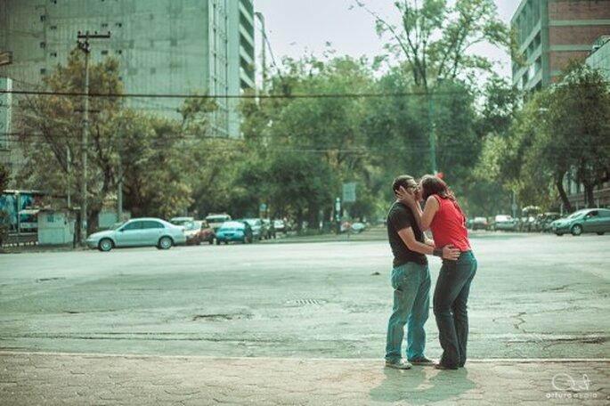 Demuestren todo el amor que se tienen en su e-session - Foto Arturo Ayala